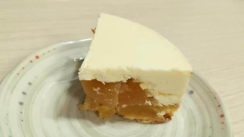 キャラメルゴーストハウス レアアップルケーキ 断面