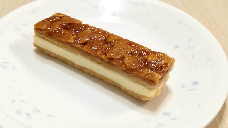 ローソンスイーツ 生フロランタンチーズケーキ 外見