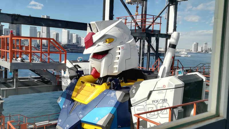 ガンダムファクトリー横浜 RX-78F00 海と横浜ガンダム