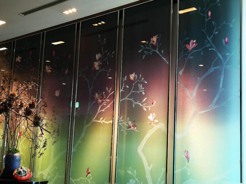 シャングリラホテル ロビーの壁
