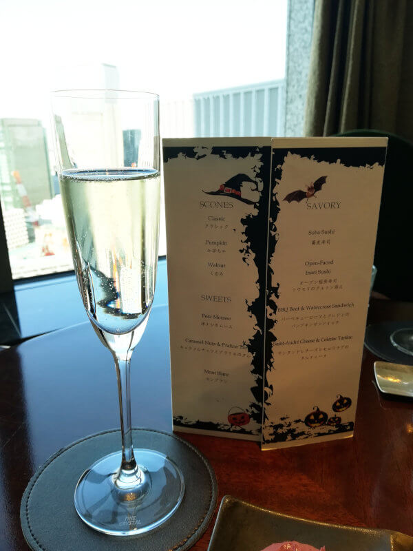 シャングリラホテル アフタヌーンティー 特典のシャンパン