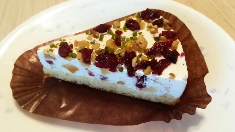 ローソン冷凍食品 新メニュー ドライフルーツとナッツのカッサータ